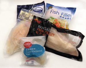鮎魚柳售價很便宜,每包2至4大塊,只售港幣十多元。(周章文攝)
